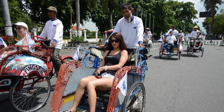 transportasi murah di jogja-becak